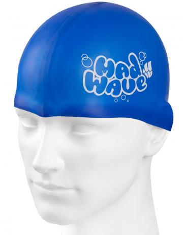 Силиконовая шапочка для плавания Silicone Junior SolidСиликоновые шапочки<br>Силиконовая шапочка Mad Wave Silicone Junior Solid - детская модель шапочки с логотипом Mad Wave, сделана из качественного силикона и подходит для всех видов занятий плаванием. Силикон - гипоаллергенный материал, не вызывает зуда и раздражения, а это особенно важно для чувствительной детской кожи. Модель имеет яркие расцветки, которые вызывают положительные эмоции у ребенка и делают его заметным на воде издалека.<br><br>Цвет: Синий