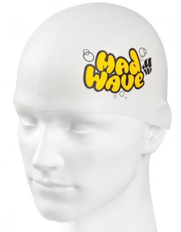 Силиконовая шапочка для плавания Silicone Junior SolidСиликоновые шапочки<br>Силиконовая шапочка Mad Wave Silicone Junior Solid - детская модель шапочки с логотипом Mad Wave, сделана из качественного силикона и подходит для всех видов занятий плаванием. Силикон - гипоаллергенный материал, не вызывает зуда и раздражения, а это особенно важно для чувствительной детской кожи. Модель имеет яркие расцветки, которые вызывают положительные эмоции у ребенка и делают его заметным на воде издалека.<br><br>Цвет: Белый