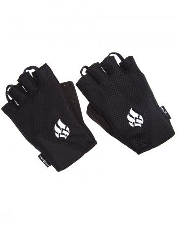 Фитнес тренажер Mens Training GlovesФитнес инвентарь<br>Перчатки для фитнеса сделаны из 100% полиэстера с функцией выведения пота наружу и быстрого высыхания MAD DRY. Область ладони покрыта синтетической кожей для лучшего сцепления с тренировочным оборудованием. В области ладони 4 миллиметровая прослойка для комфорта. Сетчатая структура ткани не препятствует вентиляции руки<br><br>Размер INT: M<br>Цвет: Черный