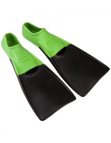 Ласты для плавания Mad Wave Kids Fins M0749 02 1 01WЛасты для плавания<br>Тренировочные ласты – отличный выбор для плавания в бассейне, так как они обеспечивают пловцу высокую маневренность и достаточное для эффективной тренировки сопротивление. Укороченные ласты применяются для отработки навыков плавания стилем кроль и для обучения волнообразным движениям в брассе и баттерфляе. Данная модель имеет закрытую пятку. Ласты с закрытой пяткой надежно фиксируют ступню, не натирают, могут надеваться на босую ногу. Колодка широкая. Эргономичный дизайн обеспечивает удобное расположение ступни, препятствуя перенапряжению мышц.<br><br>Размер: 26-29<br>Цвет: Зеленый