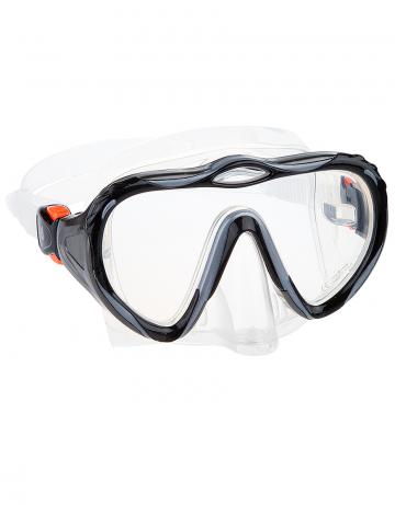 Маска для дайвинга и сноркелинга HybridМаски<br>Однолинзовая маска. Закаленное стекло. Противоударная. Автоматическая система регулировки ремешка. Обтюратор и ремешок сделаны из прозрачного силикона. Имеет носовой клапан. Упакована в пластиковый бокс.<br><br>Цвет: Черный