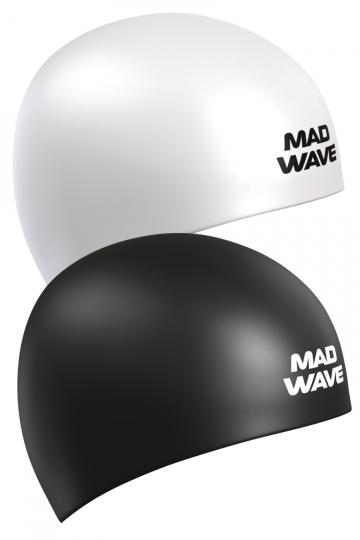 Силиконовая шапочка для плавания Reverse CHAMPIONСиликоновые шапочки<br>Силиконовая шапочка Mad Wave Reverse CHAMPION - двусторонняя шапочка, отлично подойдет как женщинам, так и мужчинам. Эту шапочку можно надевать под разные купальники всего лишь вывернув и одев ее другой стороной.  Мягкий прочный силикон обеспечивает идеальную посадку и комфорт. Материал шапочки не вызывает раздражения, что гарантирует безопасность использования шапочки. Силикон не пропускает воду и приятен на ощупь.<br><br>Цвет: Черный