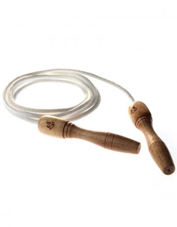 Фитнес тренажер Wooden Skip RopeФитнес инвентарь<br>Скакалка с деревянными ручками и хлопковым тросом, для тренировки верхней и нижней части туловища. Удобные деревянные ручки. Длина: 270см. Диаметр шнура: 6мм.<br><br>Цвет: Белый