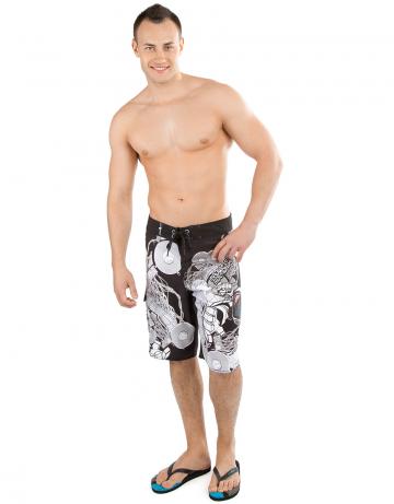 Мужские пляжные шорты DANCEHALLМужские шорты<br>Шорты серфовые на шнуровке, снабжены водонепроницаемым карманом. Шнурки с силиконовой полосой создают лучшую фиксацию узла.<br><br>Размер RU: S-M (31)<br>Цвет: Черный