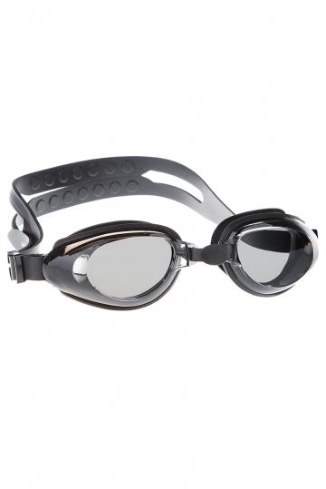 Тренировочные очки для плавания RaptorТренировочные очки<br>Очки RAPTOR от Mad Wave послужат прекрасным дополнением к регулярным тренировкам в бассейне. Превосходная посадка, обеспеченная высоким обтюратором и настраиваемой переносицей с подушкой, позволят использовать очки длительное время, не испытывая даже малейшего неудобства. Линзы с защитой от ультрафиолета UV 400 и покрытием от запотевания Антифог.<br><br>Цвет: None