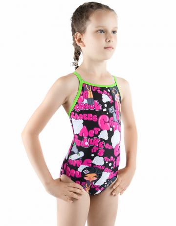 Детский купальник MaddyДетские купальники<br>Купальник спортивный слитный. Тонкие бретели создают свободу движений. Вырез бедра средний. Модель идеально подходит для тренировок и отдыха.<br><br>Размер INT: L<br>Цвет: Красный