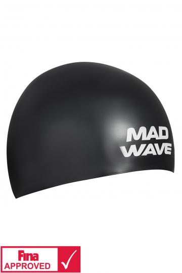 Силиконовая шапочка для плавания SOFTСиликоновые шапочки<br>Силиконовая шапочка Mad Wave SOFT -  3D шапочка с повышенной эластичностью. Очень комфортная, имеет гладкую, приятную на ощупь поверхность. Плотно облегает голову, не оказывая излишнего давления, не пропускает воду, легко надевается и снимается, имеет специальную 3D форму, гарантирующую идеальную посадку без образования складок. Надежно защищает волосы от промокания и воздействия хлора. Отлично подходит для тренировок и соревнований. Данная модель имеет 3 размера. Сертифицирована международной федерацией плавания.<br><br>Размер INT: M<br>Цвет: Черный