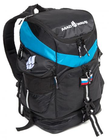Рюкзаки и сумки Mad Wave MAD TEAM M1123 01 0 01WРюкзаки и сумки<br>Рюкзак Mad Wave Team Backpack полон различными удобными в путешествии<br>карманами, отделениями и приспособлениями . Карманы для мокрых вещей , отделение для обуви , карабины для дополнительных вещей. Будет незаменим на сборах .<br><br>Размер: 45х22х24 см<br>Цвет: Черный