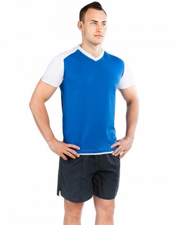 Спортивная футболка PROMO MENФутболки<br>Мужская футболка с коротким рукавом. V-образный вырез горловины. Приталенный силуэт. Представлена в нескольких цветах.<br><br>Размер INT: XS<br>Цвет: Синий