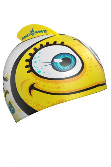 Силиконовая шапочка для плавания Clown FishСиликоновые шапочки<br>Детская силиконовая шапочка Mad Wave Clown Fish - детская модель шапочки с изображением рыбки клоуна, имеет классическую форму с небольшим плавником сверху. Такая шапочка без сомнений понравится ребенку и сделает его заметным на воде издалека. Шапочка изготовлена из качественного силикона и подходит для всех видов занятий плаванием. Силикон - гипоаллергенный материал, не вызывает зуда и раздражения, а это особенно важно для чувствительной детской кожи. Шапочка сохраняет высокую эластичность и яркость на протяжении всего срока службы.<br><br>Цвет: Желтый