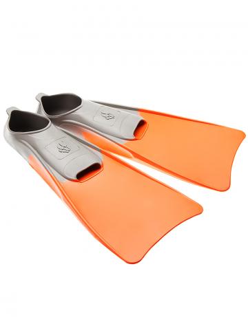 Ласты для плавания в бассейне POOL COLOUR LONGЛасты для плавания<br>Резиновые тренировочные ласты. Каждый цвет ласты соответствует определенному размеру для удобства группового использования в бассейне<br><br>Размер RU: 36-37<br>Цвет: Оранжевый
