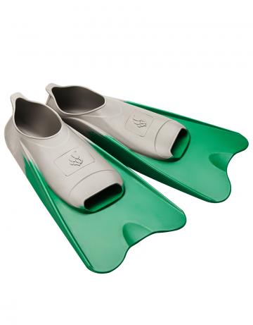 Ласты для плавания в бассейне POOL COLOUR SHORTЛасты для плавания<br>Короткие резиновые тренировочные ласты. Каждый цвет ласты соответствует определенному размеру для удобства группового использования в бассейне.<br><br>Размер RU: 46-48<br>Цвет: Темно-зеленый