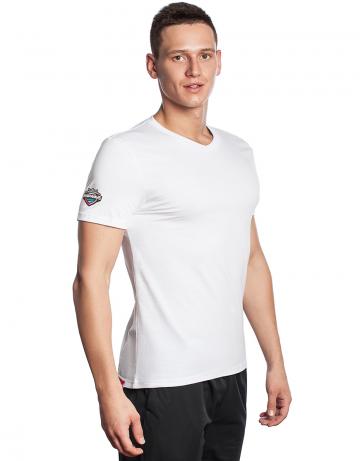 Спортивная футболка PRO Men T-shirtФутболки<br>Мужская футболка с коротким рукавом. V-образный вырез горловины. Приталенный силуэт.<br><br>Размер INT: XL<br>Цвет: Белый