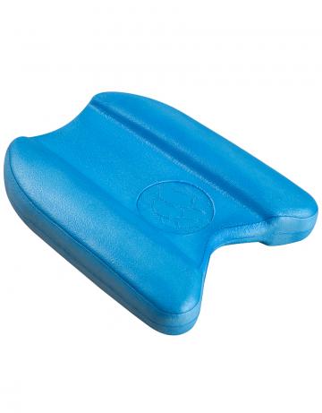 Доска калабашка FlowДоски для плавания<br>Отличная модель плавательной доски для совершенствования техники плавания и реабилитации. Достаточно большая, чтобы выдержать вес даже очень грузного пользователя, выполненная из очень плотного EVA-материала с термообработкой, она станет надежным помощником на тренировке, на реабилитационных занятиях и на отдыхе.<br><br>Размер: 27*24*4.5cm<br>Цвет: Синий