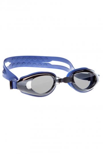 Тренировочные очки для плавания RaptorТренировочные очки<br>Очки RAPTOR от Mad Wave послужат прекрасным дополнением к регулярным тренировкам в бассейне. Превосходная посадка, обеспеченная высоким обтюратором и настраиваемой переносицей с подушкой, позволят использовать очки длительное время, не испытывая даже малейшего неудобства. Линзы с защитой от ультрафиолета UV 400 и покрытием от запотевания Антифог.<br><br>Цвет: Темно-синий
