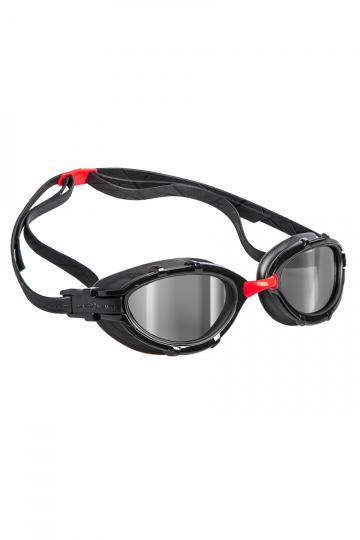 Тренировочные очки для плавания TRIATHLON MirrorТренировочные очки<br>Очки TRIATHLON созданы специально для тренировок и соревнований по триатлону и плаванию на открытой воде. Модель имеет ультракомфортабельный и эргономичный обтюратор для обеспечения максимального комфорта и надежности даже при длительном использовании. Очки TRIATHLON оснащены широкими линзами с усовершенствованной защитой от ультрафиолета и системой Антифог Ультра для гарантии максимальной видимости в любых условиях.<br><br>ОСОБЕННОСТИ:<br><br><br>Для триатлона и открытой воды - очки TRIATHLON созданы специально для тренировок и соревнований по триатлону и плаванию на открытой воде;<br> Ультракомфортабельный и эргономичный обтюратор - обеспечивает максимальный комфорт и надежность даже при длительном использовании;<br> Система против запотевания Антифог Ультра - благодаря специальному внедрению покрытия капиллярным способом, эта система навсегда устраняет проблему запотевающих линз;<br>Защита UV - защита от ультрафиолета.<br><br>Размер: None<br>Цвет: Красный
