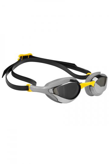 Тренировочные очки для плавания ALIEN MirrorТренировочные очки<br>Очки ALIEN сочетают в себе агрессивный дизайн профессиональных стартовых очков Mad Wave, а также удобство лучших очков для тренировок. Широкий и мягкий обтюратор минимизирует нагрузку на глаза, а инновационная эргономичная конструкция обеспечивает превосходную посадку и удобство в использовании. Линзы с защитой от ультрафиолета и покрытием от запотевания Антифог.<br><br>ОСОБЕННОСТИ:<br><br><br> Агрессивный дизайн - позволяет полноценно сосредоточиться на победе;<br> Зеркальное покрытие линз - усовершенствованный дизайн и дополнительная защита от бликов;<br> Особая конструкция линз - ультраширокий боковой обзор;<br> Эргономичный обтюратор - обеспечивает максимальный комфорт и надежность даже при длительном использовании;<br>4 сменные носовые перемычки - очки подходят для любого типа лица;<br>Защита UV - надежная защита от ультрафиолета;<br>Покрытие Антифог - надежная защита от запотевания.<br><br>Цвет: Желтый