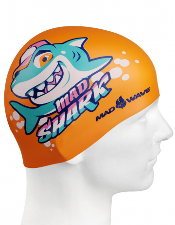Силиконовая шапочка для плавания MAD SHARKСиликоновые шапочки<br>Юниорская силиконовая шапочка Mad Wave MAD SHARK  имеет классическую форму.  Выполненная из высококачественного мягкого силикона шапочка хорошо тянется, не повреждает волосы и не тянет их при снятии или надевании. Изделие обеспечивает полноценную защиту от влаги и хлора. Она сохраняет высокую эластичность и яркость на протяжении всего срока службы.<br><br>Цвет: Оранжевый