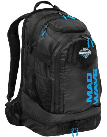 Рюкзак сумка для бассейна LANEРюкзаки и сумки<br>Пусть все будет на своих местах с новой линейкой рюкзаков Lane от Mad Wave! Многофункциональный вентилируемый передний отсек позволяет упаковать вещи с максимальным удобством, отделив мокрые от сухих, а вместительный задний карман дает возможность взять с собой даже крупный инвентарь. Рюкзак Lane оснащен специальным карманом для медиаустройств, а также имеет отсек для обуви, вместительностью до 2-х пар. <br><br>ОСОБЕННОСТИ:<br> <br><br>Многофункциональный вентилируемый передний отсек - позволяет упаковать вещи с максимальным удобством, отделив мокрые изделия от сухих;<br>Вместительный задний карман - позволяет взять с собой даже крупный инвентарь, такой как доски для плавания, колобашки или ласты; <br>Отсек для медиаустройств - позволяет бережно поместить ваш телефон, плеер или другое медиаустройство в рюкзак; <br>Отсек для обуви - в нижний вентилируемый отсек рюкзака Mad Team поместится до 2-х пар обуви или даже пара коротких тренировочных ласт.<br><br>Размер: 52x32x24 см<br>Цвет: Черный