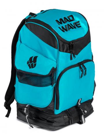 Рюкзак сумка для бассейна MAD TEAMРюкзаки и сумки<br>Большой внутренний отсек даст вам возможность с легкостью упаковать все необходимое вплоть до крупного инвентаря, а также разместить ноутбук (до 15') в специально предназначенном для этого кармане. Вместительные боковые вентилируемые карманы позволят без труда отделить мокрые вещи от сухих. Для максимального удобства в использовании рюкзак оснащен дополнительными отсеками – вентилируемым отсеком для обуви (вместительность до 2-х пар), а также карманами, в которых удобно хранить очки для плавания и различные медиаустройства. Благодаря особой, эргономичной конструкции задней стенки и наличию мягких, воздухопроницаемых подушек рюкзак Mad Team удобно носить на плечах продолжительное время.<br>ВНИМАНИЕ! Не кладите ноутбук в один отсек вместе с влажными вещами!<br><br>ОСОБЕННОСТИ:<br><br><br> Огромная вместительность - в рюкзак с легкостью помещается крупный инвентарь, такой как доски для плавания, колобашки или ласты;<br> Большие боковые карманы с вентиляцией  - позволяют без труда отделить мокрые вещи от сухих;<br> Отсек для обуви - в нижний вентилируемый отсек рюкзака Mad Team помещается до 2-х пар обуви или даже пара коротких тренировочных ласт;<br> Карабин - многофункциональный карабин позволит с легкостью закрепить рюкзак на вешалке.<br><br>Размер: 52х32х23 см<br>Цвет: Бирюзовый