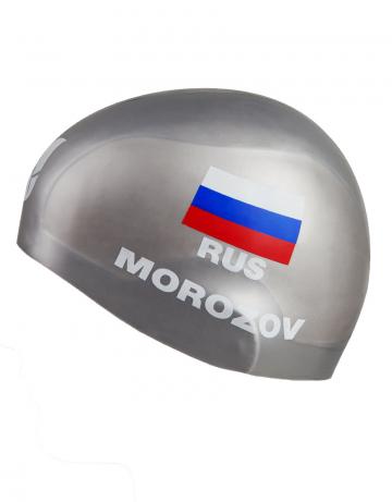 Силиконовая шапочка для плавания MOROZOV R-CapСиликоновые шапочки<br>Изготовление под заказ персональных шапочек с именами атлетов.<br>Условия:<br>-12 стандартных шапок (из каталога)-3300 руб.<br>-обязательное условие-наш логотип<br><br>Расчет стоимости:<br>90 руб-шапка+30 $за 1 (каждый) цвет в принте<br><br>Минимальный заказ -12 штук<br><br>Размер INT: L<br>Цвет: Серебро