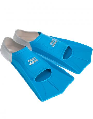 Ласты для плавания в бассейне Fins TrainingЛасты для плавания<br>Короткие тренировочные ласты - отличный выбор для плавания в бассейне, так как они обеспечивают пловцу высокую маневренность и достаточное для эффективной тренировки сопротивление. Укороченные ласты применяются для отработки навыков плавания стилем кроль и для обучения волнообразным движениям в брассе и баттерфляе. Данная модель имеет закрытую пятку. Ласты с закрытой пяткой надежно фиксируют ступню, не натирают, могут надеваться на босую ногу. Колодка широкая. Эргономичный дизайн обеспечивает удобное расположение ступни, препятствуя перенапряжению мышц. Ласты изготовлены из силикона - материала, который не вызывает аллергии, не впитывает запахи, устойчив к воздействию хлора и ультрафиолетовых лучей, более мягок и эластичен в сравнении с резиной.<br><br>ОСОБЕННОСТИ:<br><br><br> 100% силикон  - материал обеспечивает повышенный комфорт, мягкость и безупречную посадку; <br> Совершенствуйте технику  - эти ласты позволяют повысить мощность работы ног, силовую выносливость, а также усовершенствовать свою технику; <br> Скорость  - ласты позволяют значительно повысить ваши технические навыки и скорость в воде; <br> Эргономичная форма и угол лопасти  - позволяют совершенствовать технику работы ног, не нарушая естественную механику движений; <br> Колодка с закрытой пяткой  - обеспечивает надежную и стабильную посадку; <br> Гидродинамические ребра жесткости  - сбалансированная жесткость и повышенная долговечность.<br><br>Размер RU: 33-34<br>Цвет: Синий