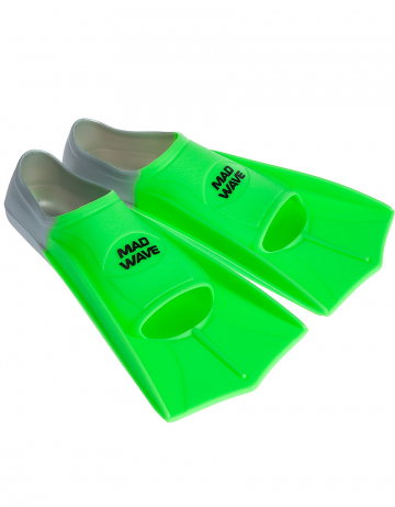 Ласты для плавания в бассейне Fins TrainingЛасты для плавания<br>Короткие тренировочные ласты - отличный выбор для плавания в бассейне, так как они обеспечивают пловцу высокую маневренность и достаточное для эффективной тренировки сопротивление. Укороченные ласты применяются для отработки навыков плавания стилем кроль и для обучения волнообразным движениям в брассе и баттерфляе. Данная модель имеет закрытую пятку. Ласты с закрытой пяткой надежно фиксируют ступню, не натирают, могут надеваться на босую ногу. Колодка широкая. Эргономичный дизайн обеспечивает удобное расположение ступни, препятствуя перенапряжению мышц. Ласты изготовлены из силикона - материала, который не вызывает аллергии, не впитывает запахи, устойчив к воздействию хлора и ультрафиолетовых лучей, более мягок и эластичен в сравнении с резиной.<br><br>ОСОБЕННОСТИ:<br><br><br> 100% силикон  - материал обеспечивает повышенный комфорт, мягкость и безупречную посадку; <br> Совершенствуйте технику  - эти ласты позволяют повысить мощность работы ног, силовую выносливость, а также усовершенствовать свою технику; <br> Скорость  - ласты позволяют значительно повысить ваши технические навыки и скорость в воде; <br> Эргономичная форма и угол лопасти  - позволяют совершенствовать технику работы ног, не нарушая естественную механику движений; <br> Колодка с закрытой пяткой  - обеспечивает надежную и стабильную посадку; <br> Гидродинамические ребра жесткости  - сбалансированная жесткость и повышенная долговечность.<br><br>Размер RU: 43-44<br>Цвет: Зеленый