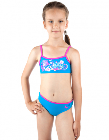 Детский пляжный купальник LOLLYДетские пляжные купальники<br>Раздельный купальник состоит из лифа-маечки и классических трусиков. Декорирован апликацией.<br><br>Размер: XS(5-6)<br>Цвет: Голубой