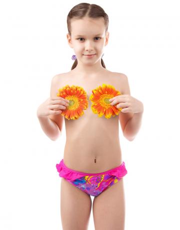Детский пляжный купальник BabyДетские пляжные купальники<br>Плавки для девочек Baby. Декорированы рюшами.<br><br>Размер RU: XS(5-6)<br>Цвет: Розовый