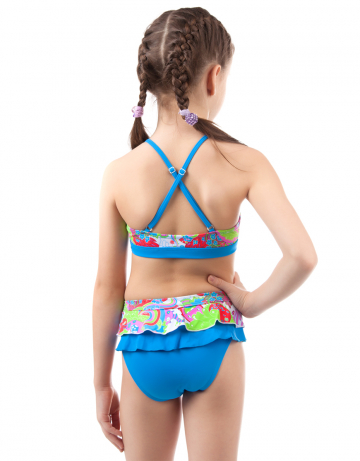 Детский пляжный купальник DaisyДетские пляжные купальники<br>Раздельный купальник. Лиф - майка декорирован рюшами. Трусики с юбочкой.<br><br>Размер RU: L(11-12)<br>Цвет: Синий